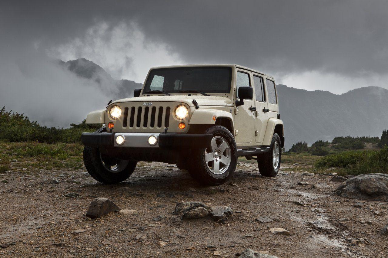 Jeep_Wrangler_2011_01.jpg