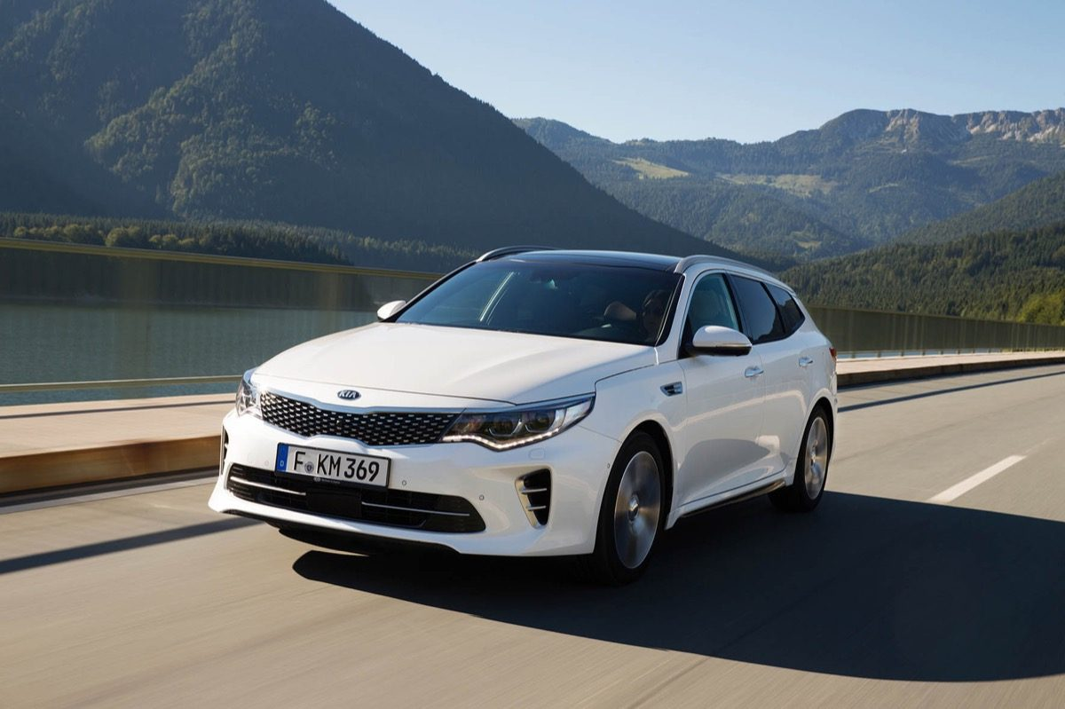 Kia-Optima-Sportswagon-01.jpg