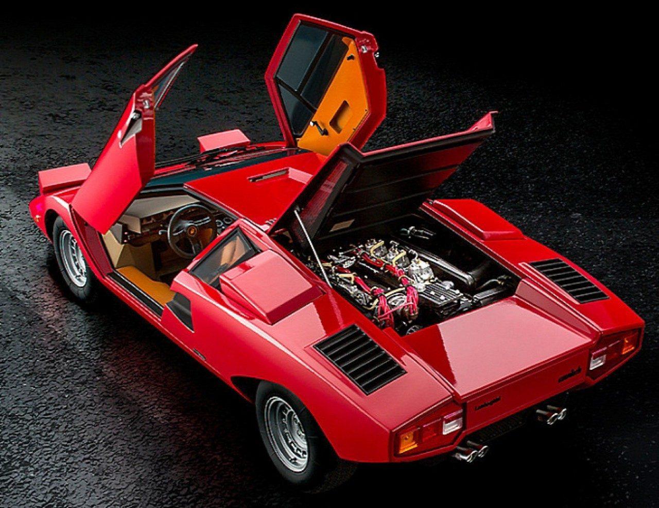 Lamborghini-Countach-miniatuur-00.jpg
