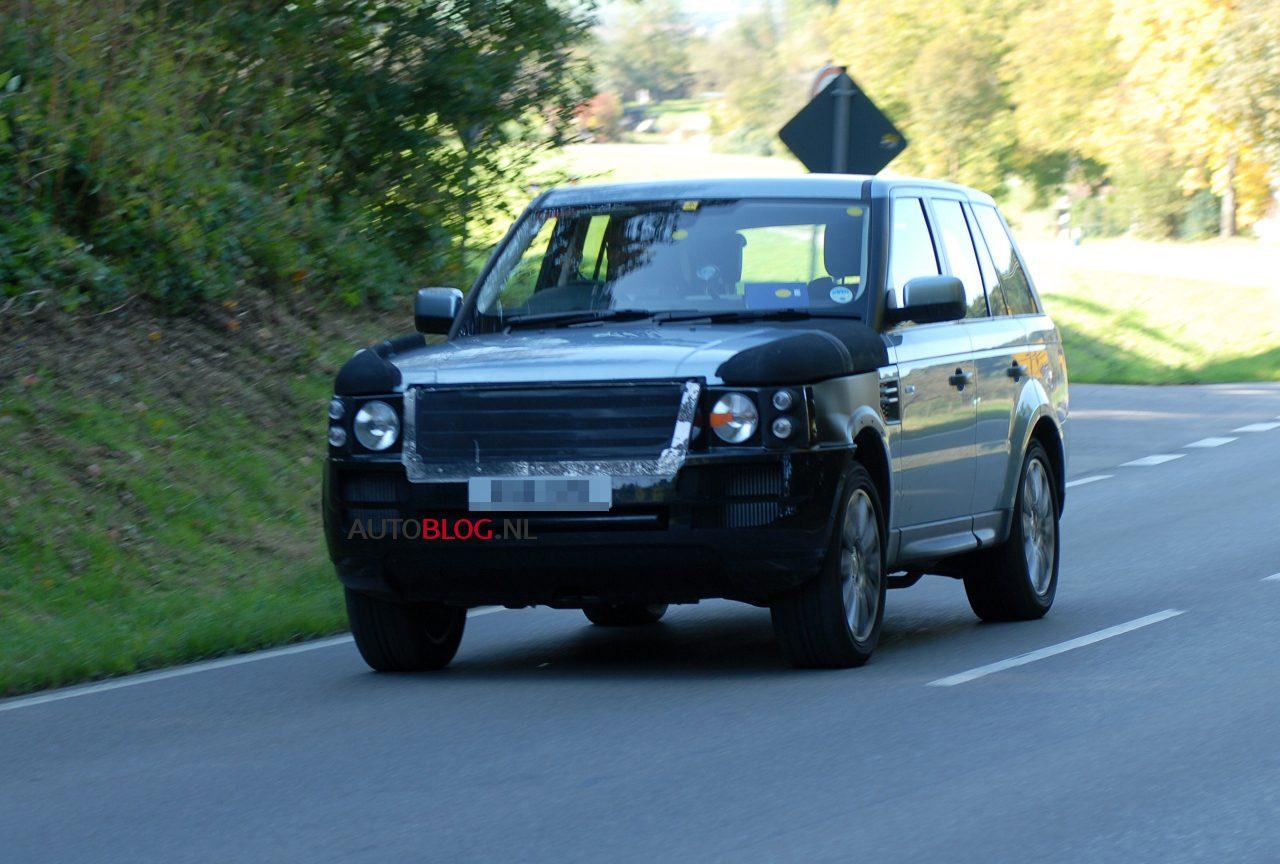 Range_Rover_hybride_2012_01.jpg