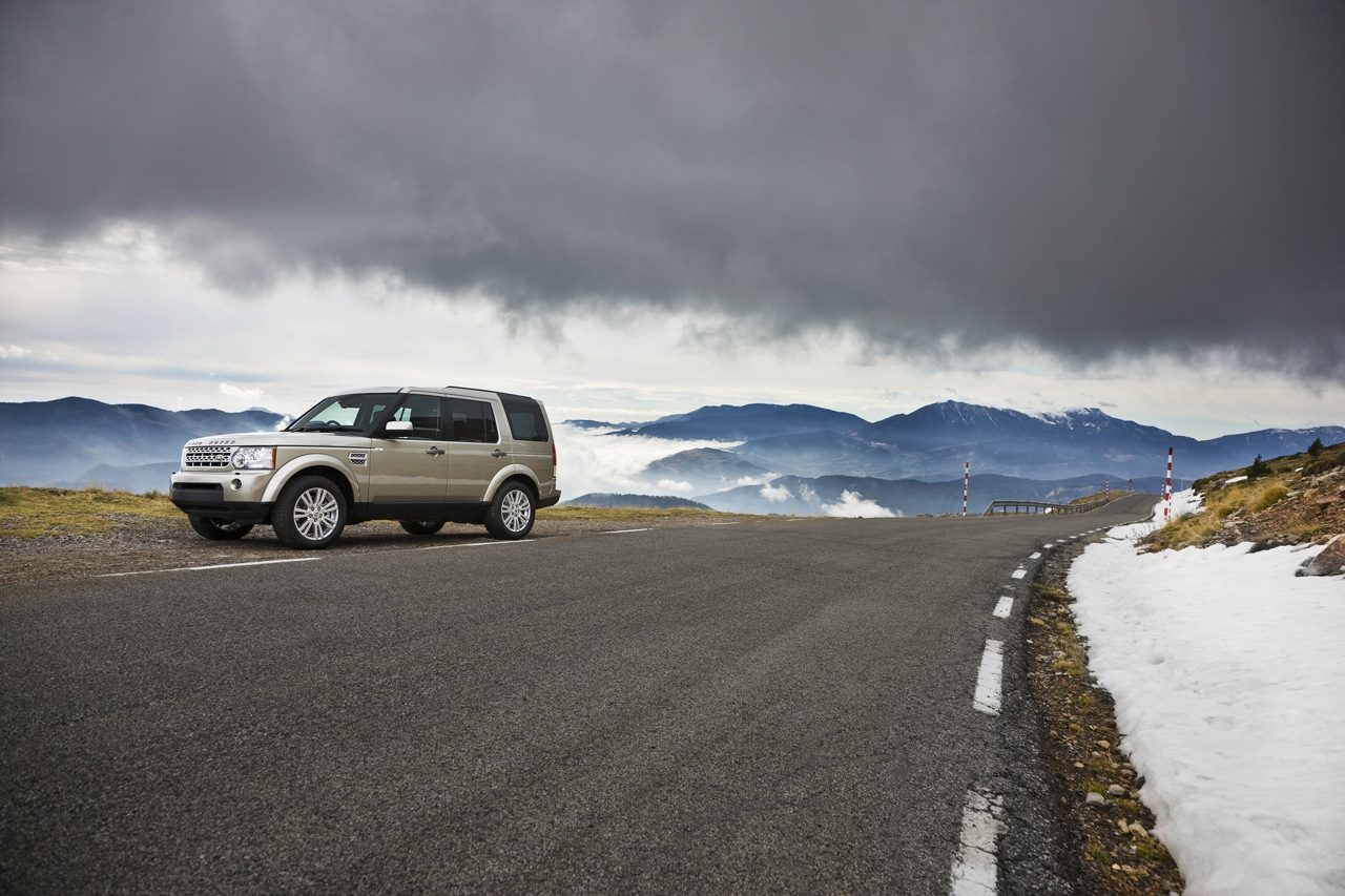 Land_Rover_Discovery4-01.jpg