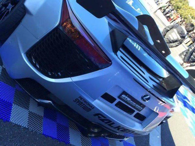 Lexus-LF-A-drift-Yoichi-Imamura-01.jpg