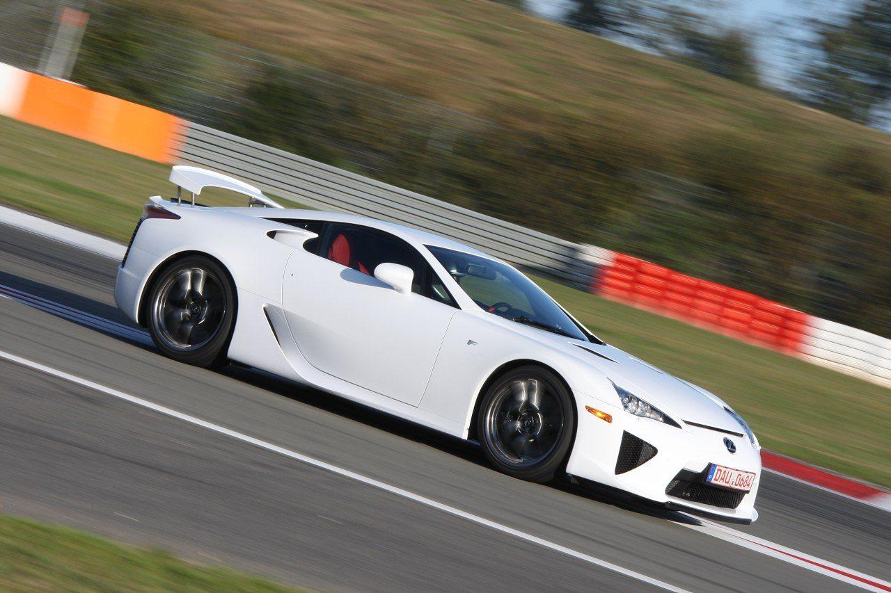 Lexus_LFA_01.jpg