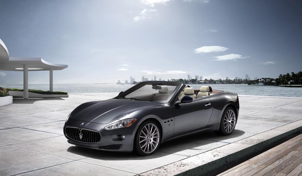 Maserati_GranCabrio_01.jpg