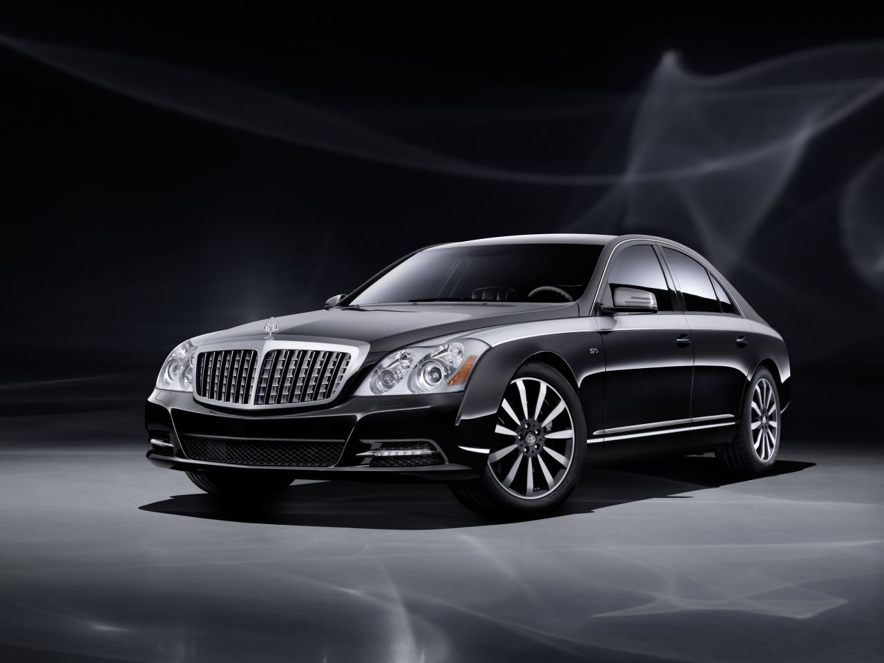 Maybach_Edition_125_01.jpg