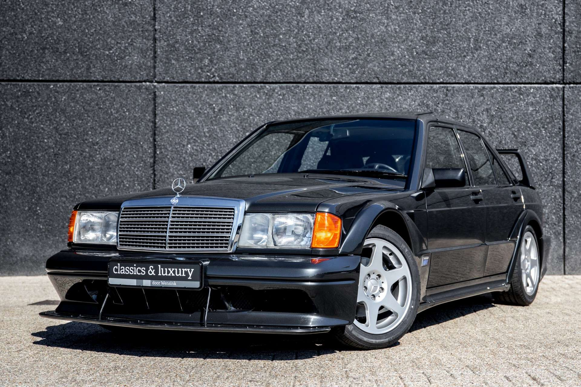 mercedes-benz-190-25-16-evolution-ii-w201-blue-occasion-1.jpg