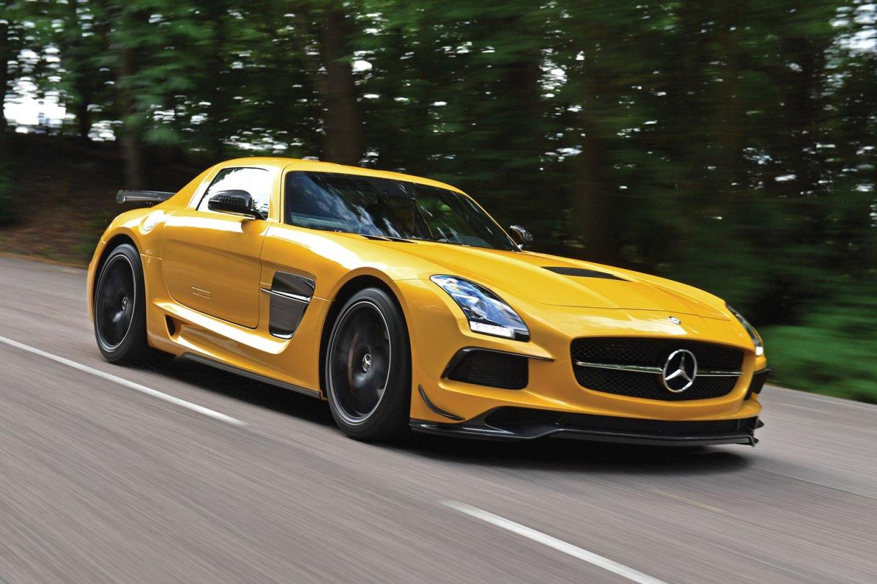 Mercedes-AMG-Black-Series-veiling-01.jpg