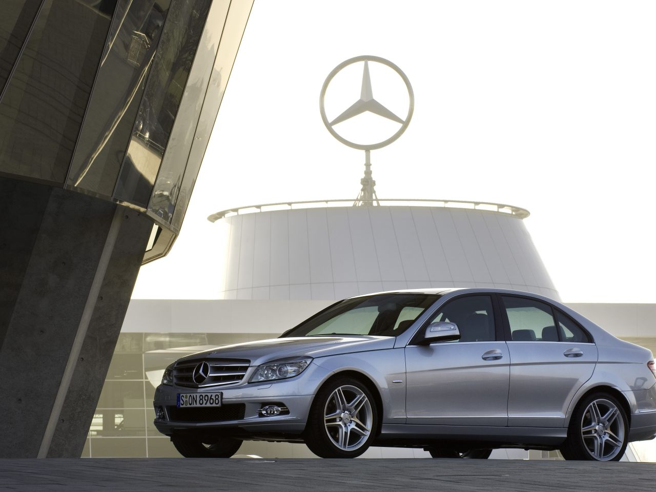 Mercedes_C-klasse_2007.jpg