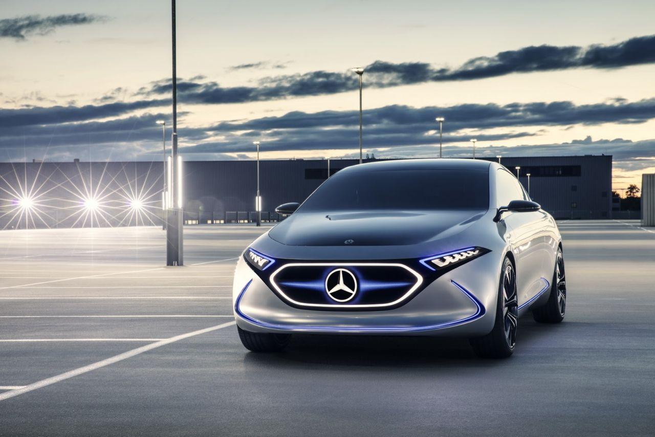 Mercedes-EQA-Concept-2017-01.jpg