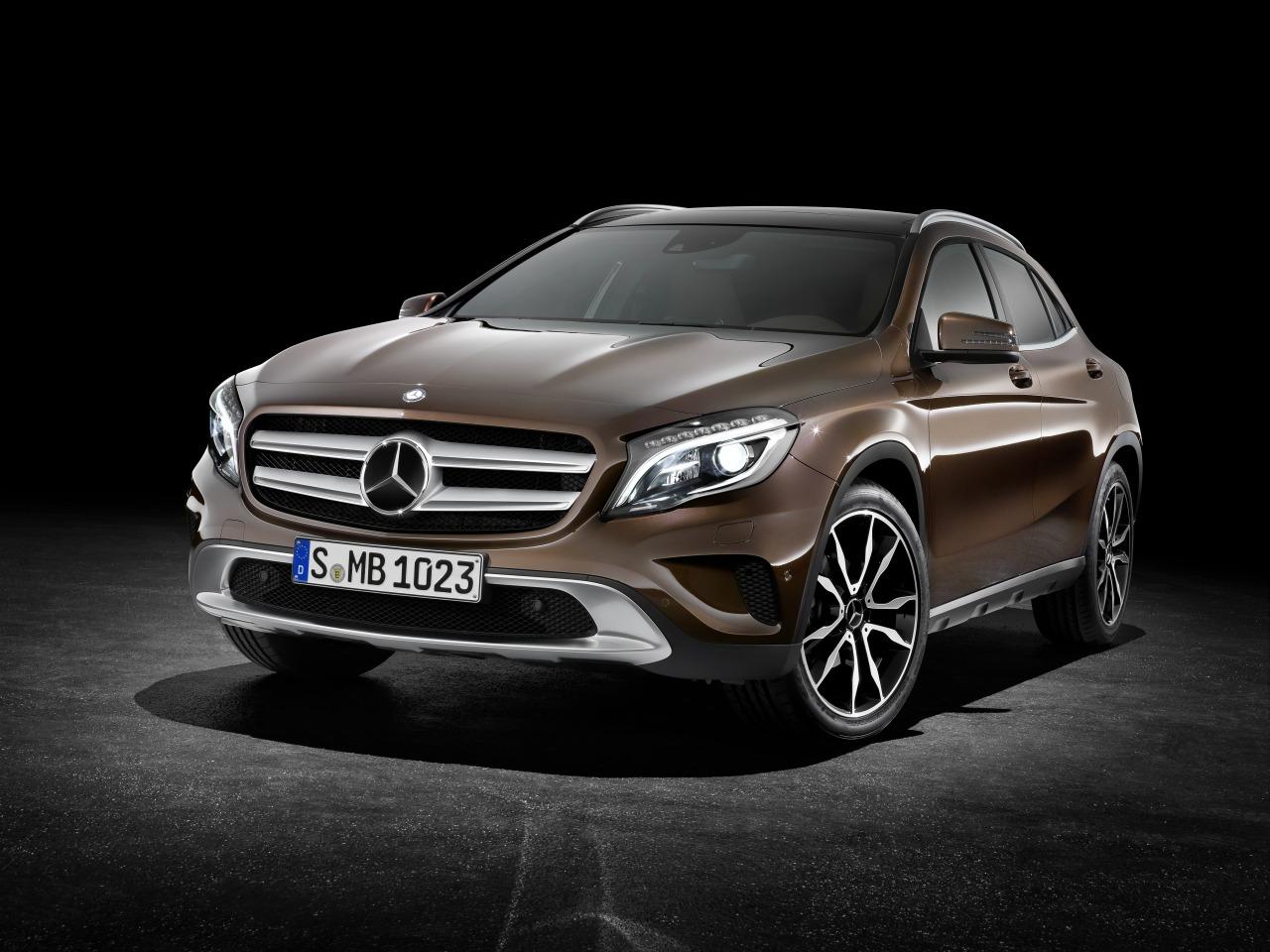 Mercedes-GLA-2014-01.jpg
