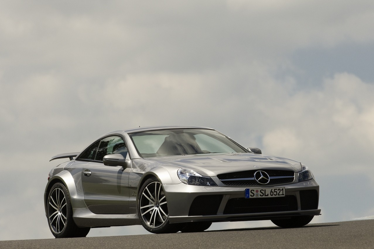 sl65amgblackseries01.jpg