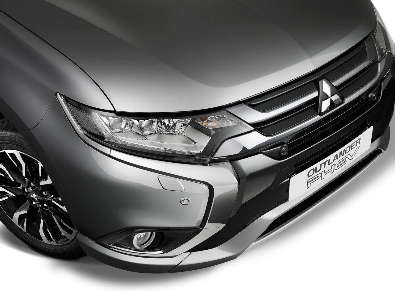 Mitsubishi-Outlander-PHEV-2016-001.jpg