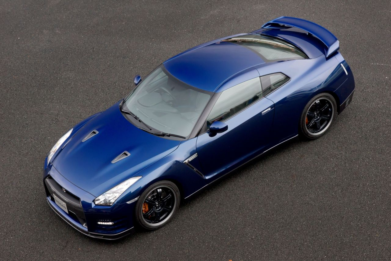 Nissan_GT_R_Track_Pack_2012_01.jpg