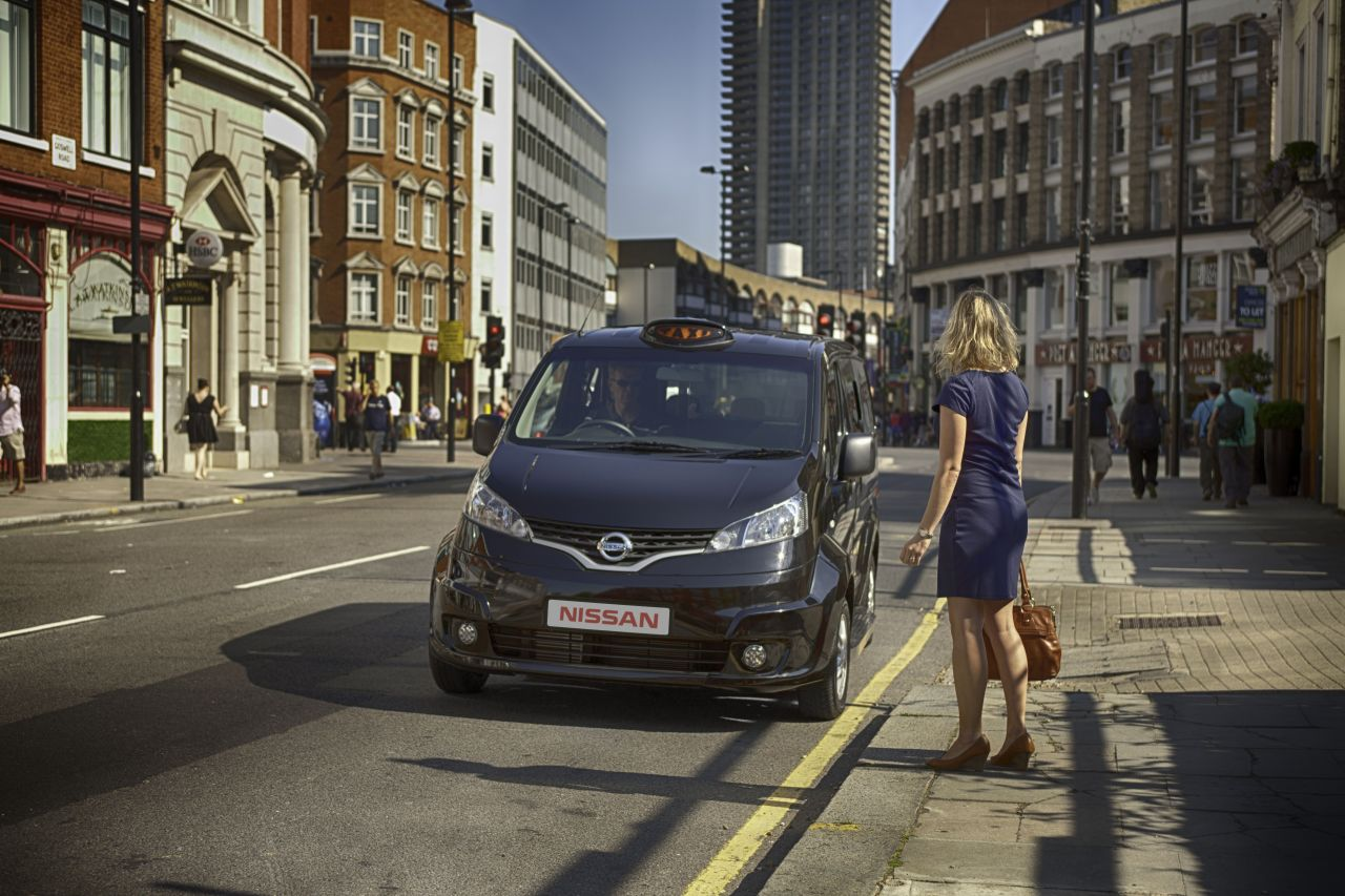 Nissan-NV200-London-Cab-01.jpg