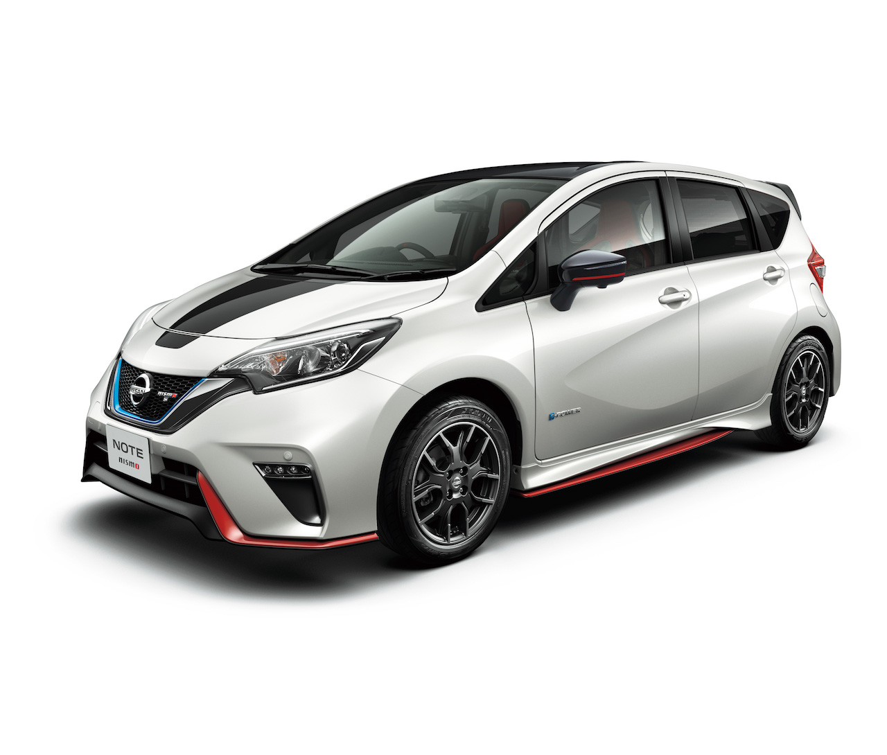 nissan-nismo-note-black-edition-111.jpg