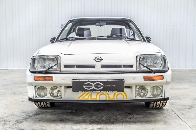 Opel-manta-400-01.jpg