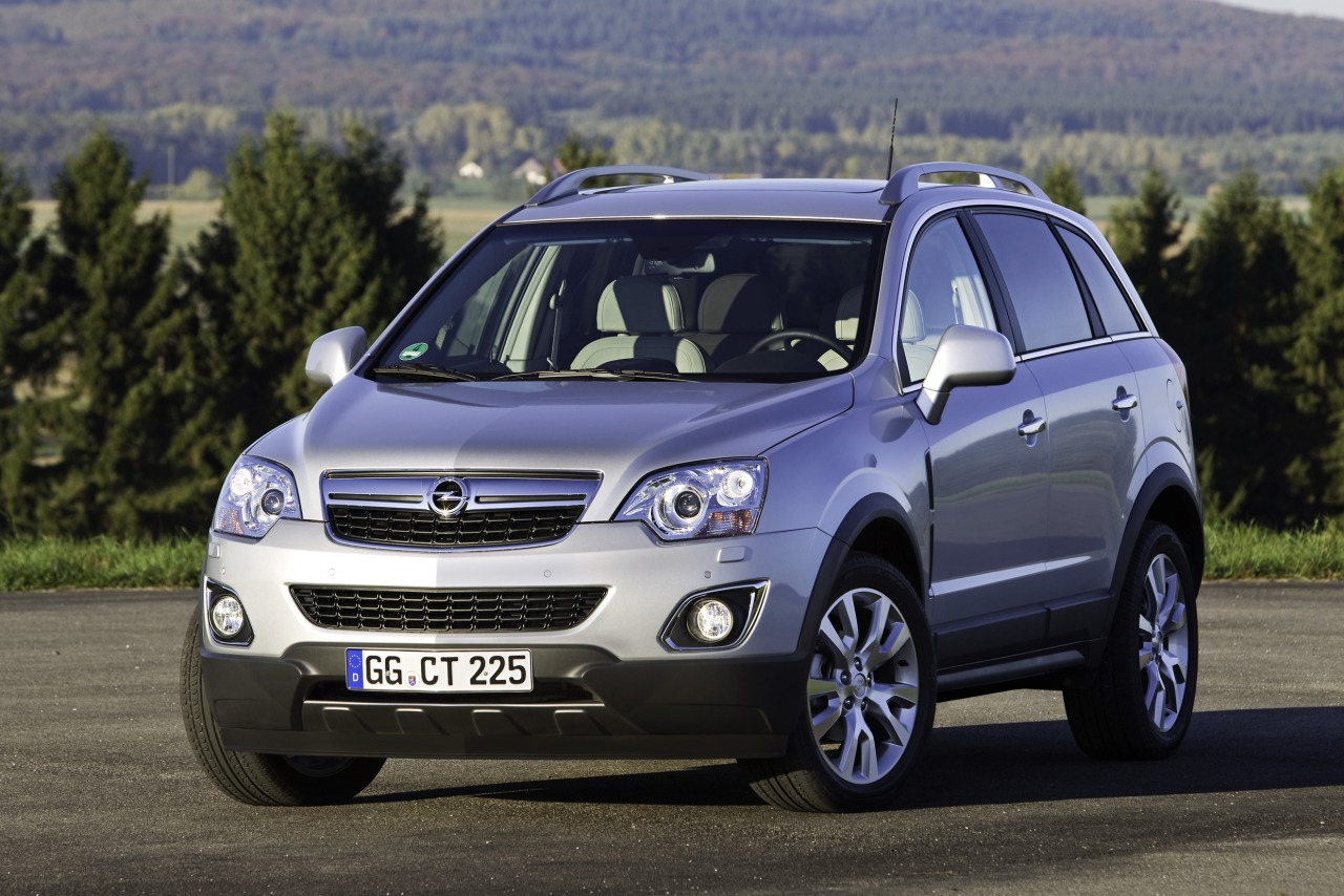 Opel_Antara_MY_2011-1.jpg