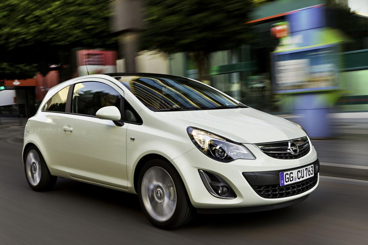 Opel_Corsa_2011_01.jpg