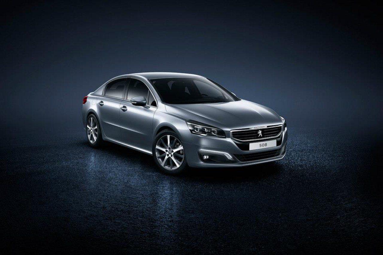 Peugeot-508-2014-01.jpg