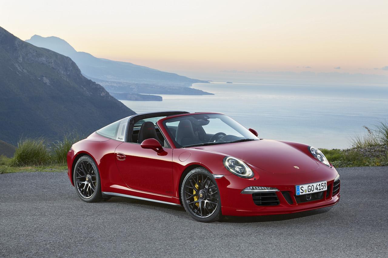 Porsche-911-Targa-4-GTS-001.jpg