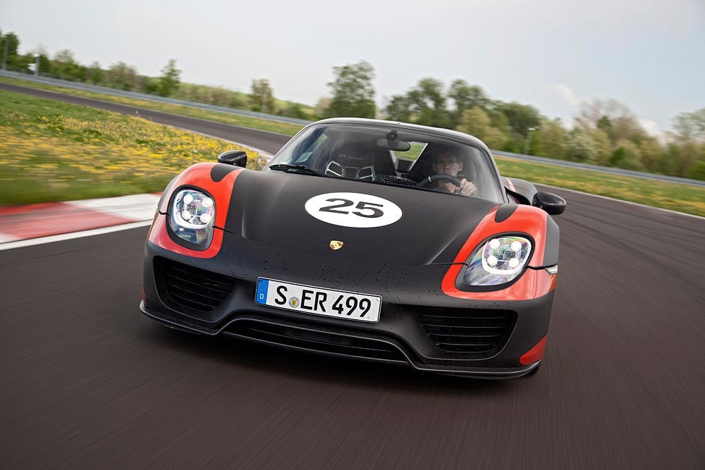 porsche-918-spyder-weissach-package-001.jpg