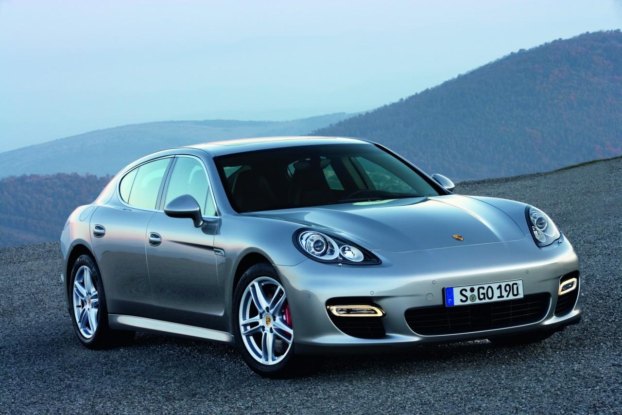 Porsche_Panamera_01.jpg