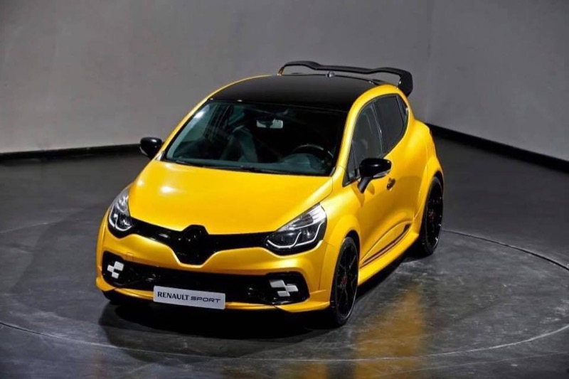Renault-Clio-RS-extra-02.jpg