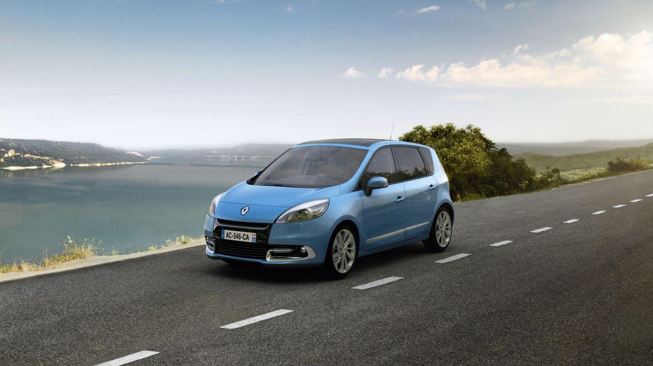Renault_Scenic_2012_01.jpg