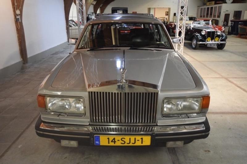 rolls-royce-silver-spirit-lijkwagen0001.jpg