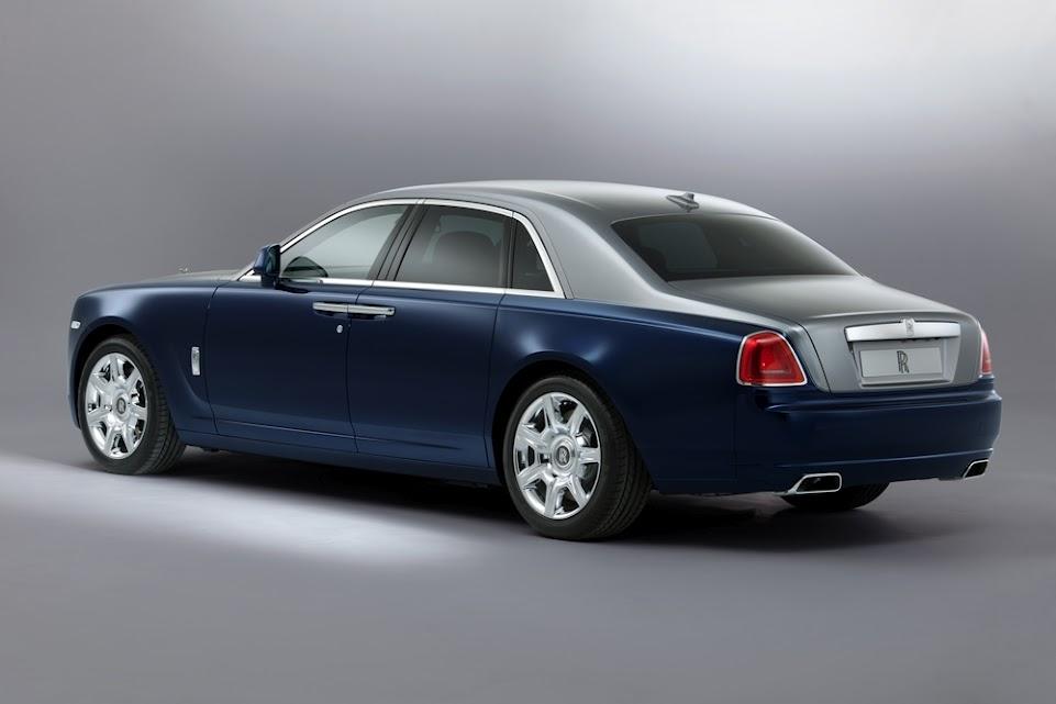Rolls-Royce-Ghost-Bespoke-Midnight-Sapphire-Jubilee-Silver-01.jpg