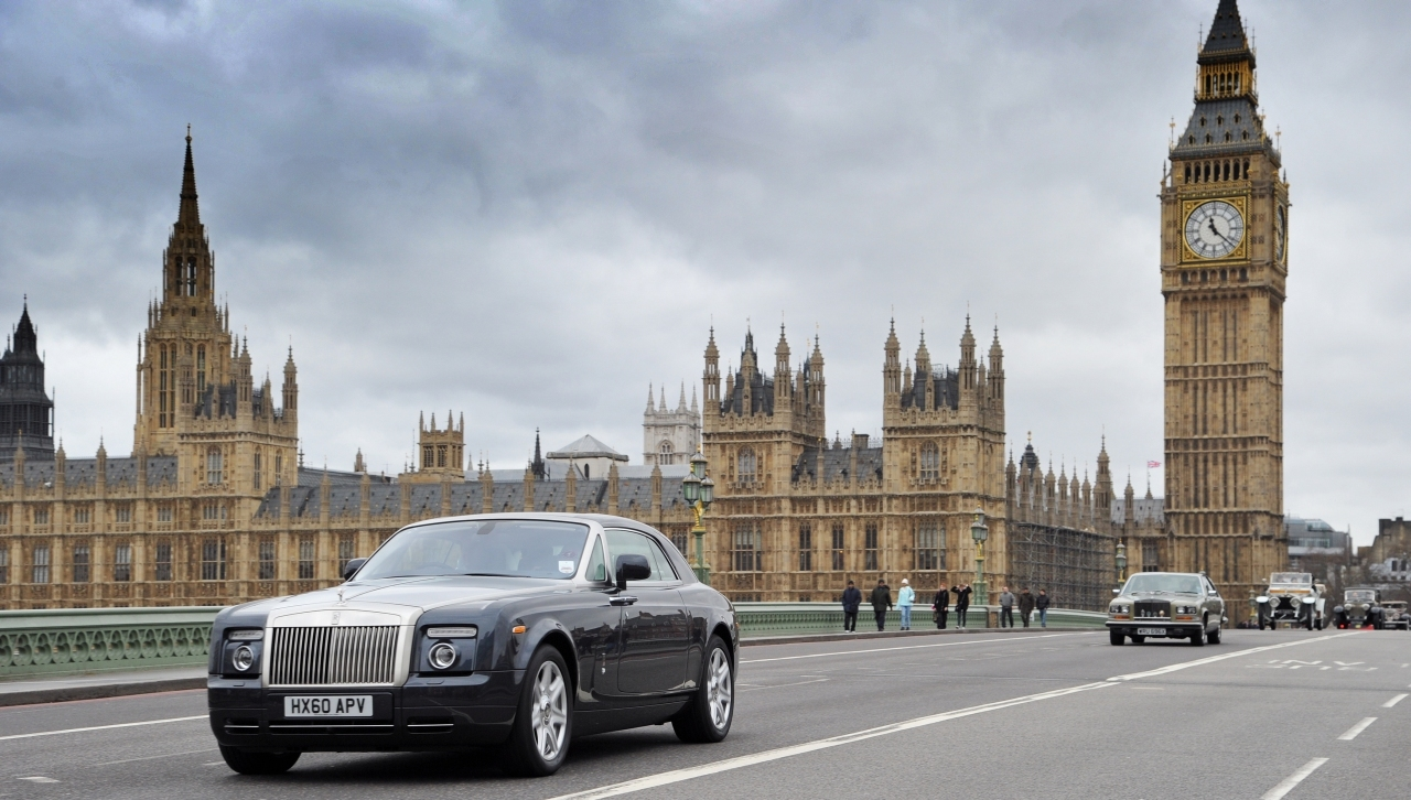 Rolls_Royce_Spirit_of_Ecstacy_01.jpg