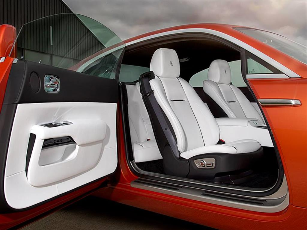 Rolls-Royce-Wraith-Porto-Cervo-01.jpg