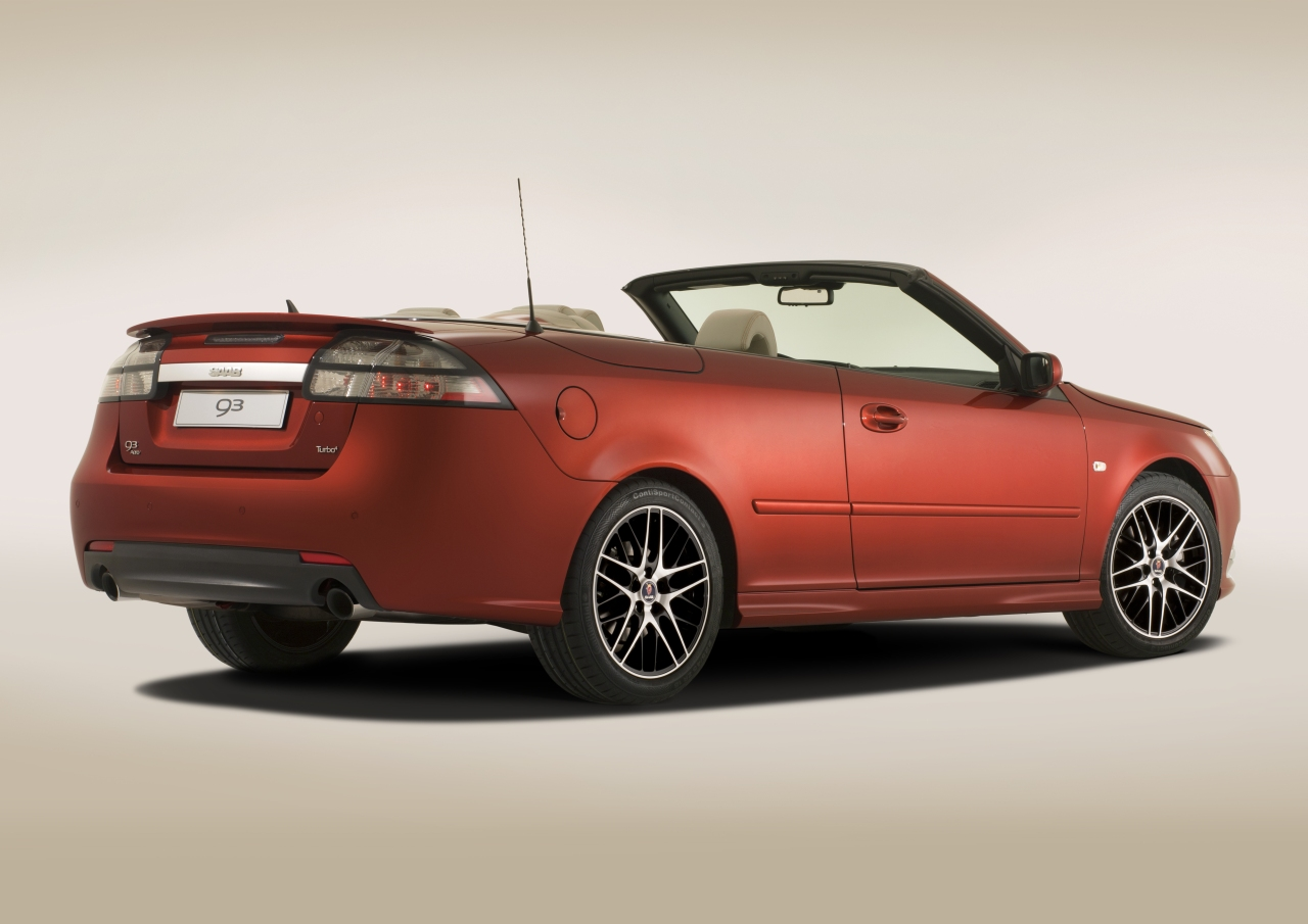 Saab_9-3_Convertible_Independence_Edition_01.jpg