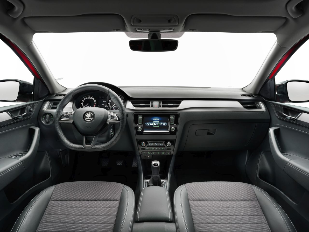 Skoda-Rapid-Spaceback-facelift-2017-01.jpg