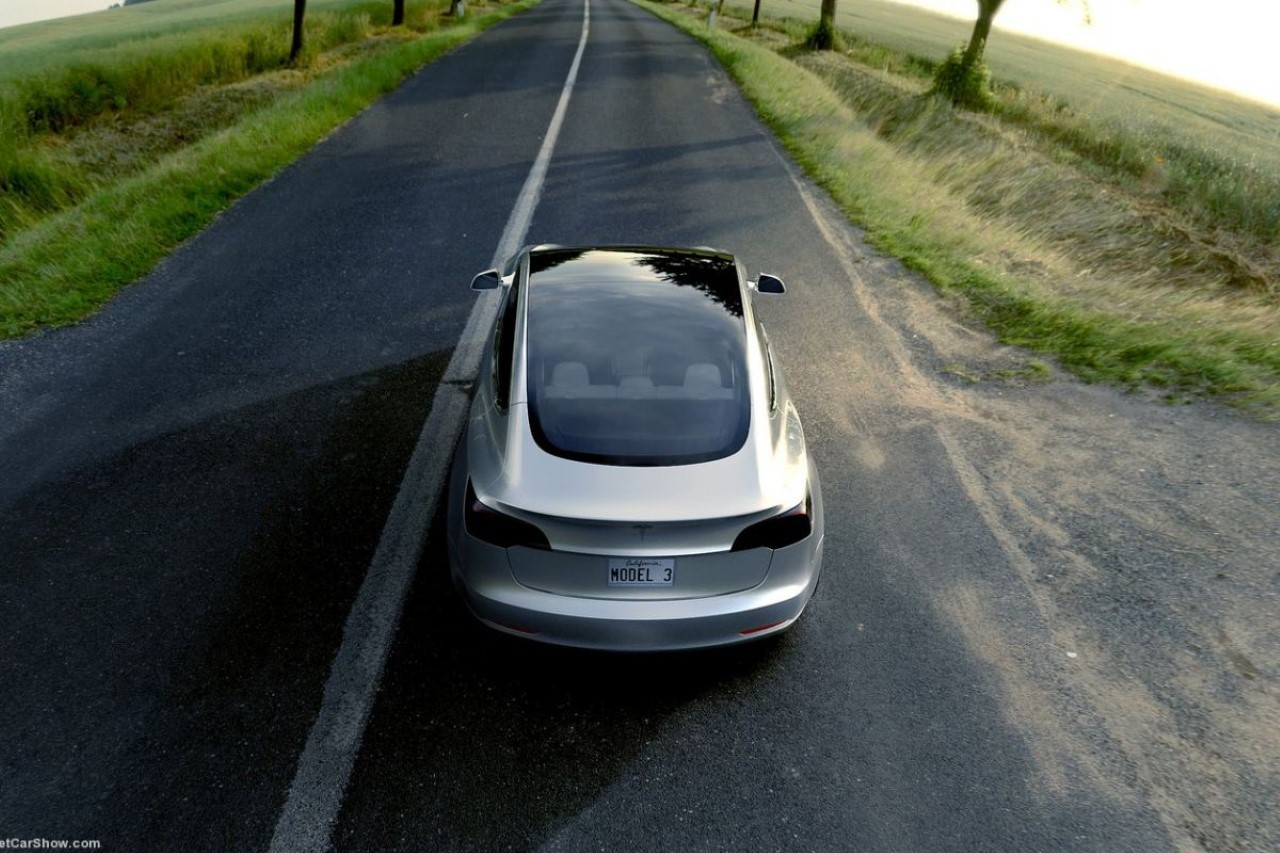 Tesla-Model-3-001.jpg