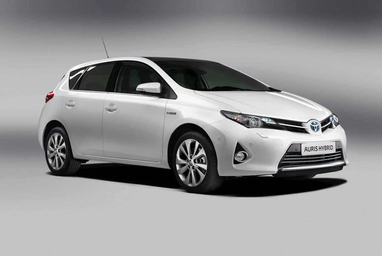 Toyota-Auris-Full-Hybrid-1-.jpg