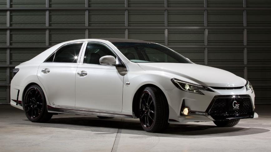 Toyota-Mark-X-Concept-01.jpg