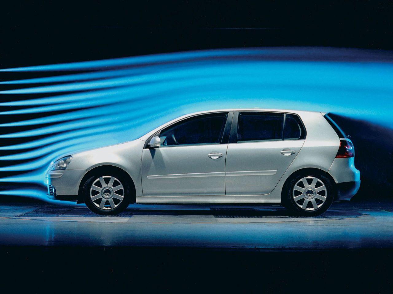 Volkswagen_Golf_V.jpg
