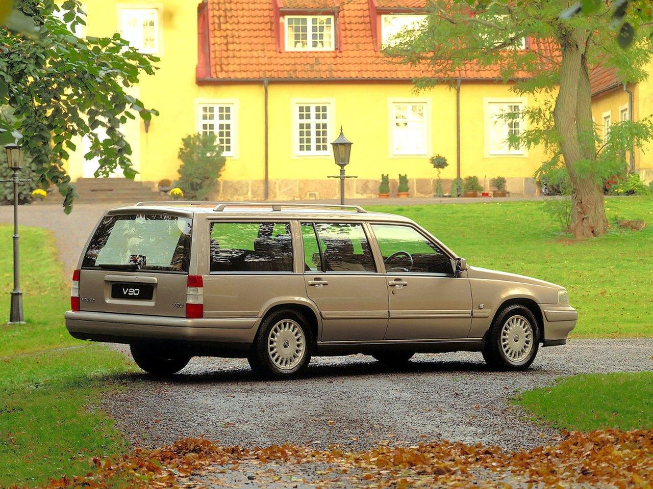 Volvo-V90-01.jpg