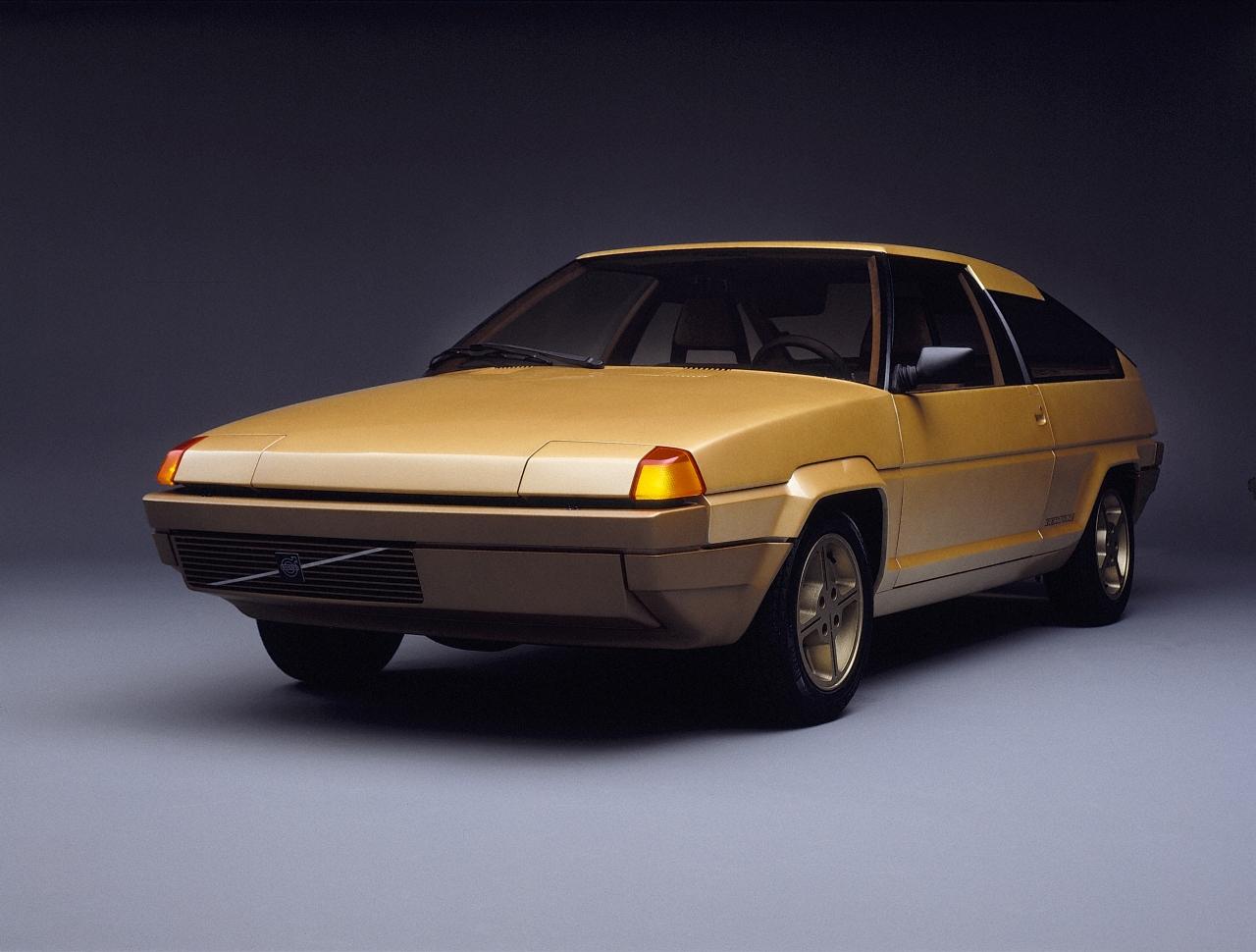 Bertone_Volvo_Tundra_01.jpg