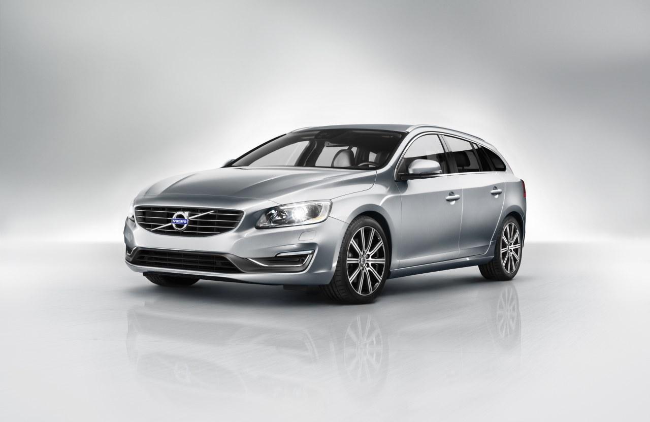 Volvo-V60-2014-01.jpg