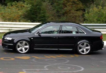Audi on De Audi Rs4 Komt Er Aan  De Lancering Is Gepland Tijdens De 2005
