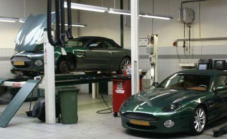 Cito Aston Martin werkplaats