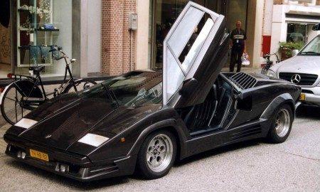 Lamborghini Countach 25th Anniversary voorkant