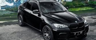 Duistere Bimmer: BMW X6M van Supreme Power