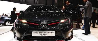 Toyota Auris Touring Sports Black is gangsta?