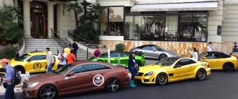 Video: enorme supercarorgie bij Hotel de Paris