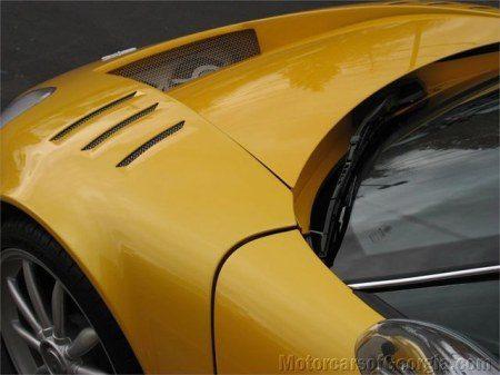 Spyker C8 Spyder yellow