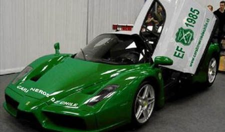 Ferrari Enzo politie Chili