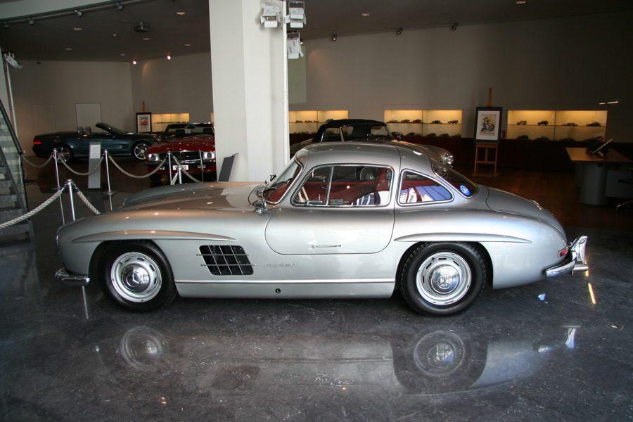 Mercedes sl geschiedenis in beeld for Mercedes benz nl